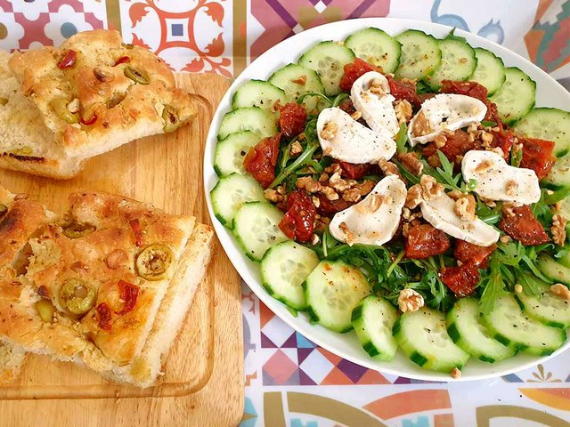 salad-with-slow-roasted-tomatoes-photo-by-Tara-Shain.jpg
