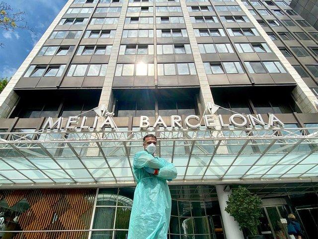 Hotel Meliá Barcelona Sarrià 04.jpg