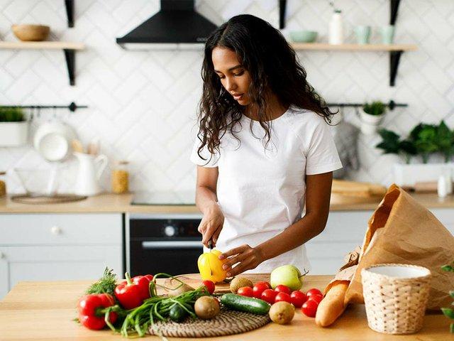 woman-cutting-vegetables.jpg