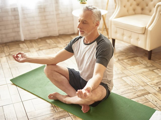old-man-lotus-position-meditation-relaxation.jpg