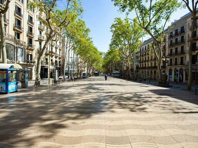 Les-Rambles-photo-by-Marc-Lozano-courtesy-of-the-Ajuntament-de-Barcelona.jpg