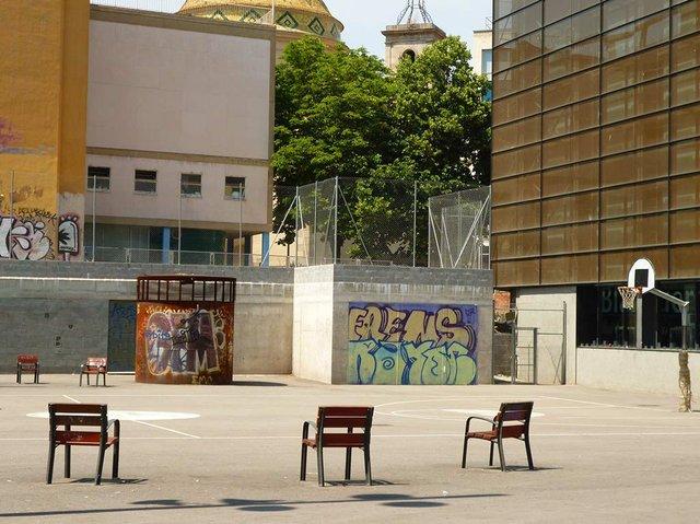 El-Raval,-Barcelona,-photo-by-Oh-Barcelona--(CC-BY-4.0).jpg