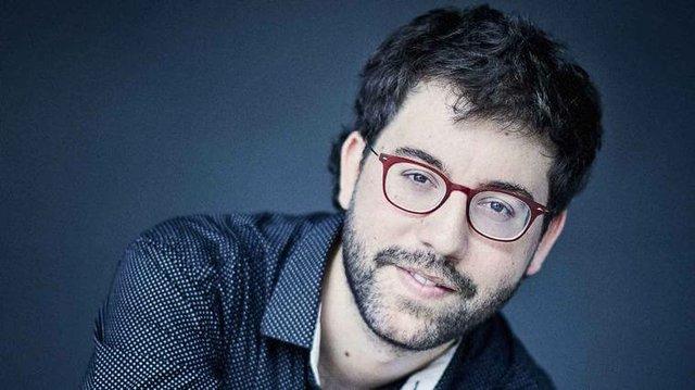 Carles Marigo Piano.jpg