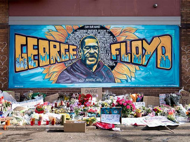 George-Floyd-mural-Minneapolis,-Minnesota-Photo-by-Lorie-Shaull,-May-31,-2020-(CC-BY-SA-2.0).jpg