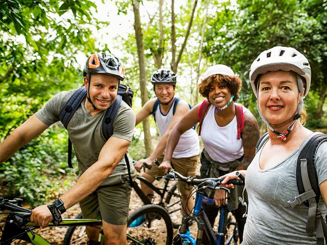 group-friends-out-bicycling-together02.jpg