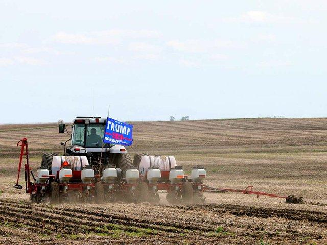 pro-trump-farmer.jpg