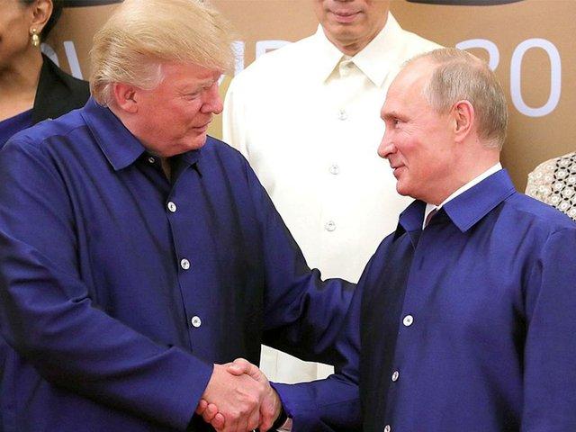 1024px-Vladimir_Putin_&_Donald_Trump_at_APEC_Summit_in_Da_Nang,_Vietnam,_10_November_2017-photo-by-Kremlin.ru-(CC-BY-4.0),-via-Wikimedia-Commons.jpg