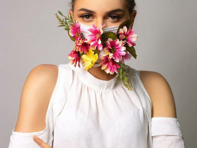 flowers-fashion-mask.jpg