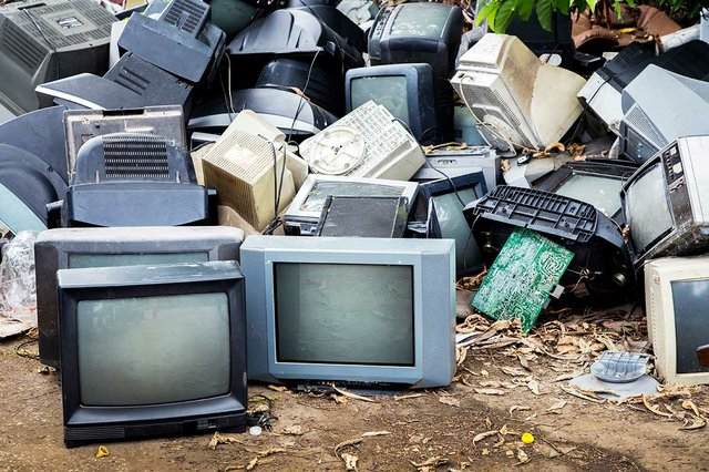 mornitor-television-electronic-waste-2.jpg