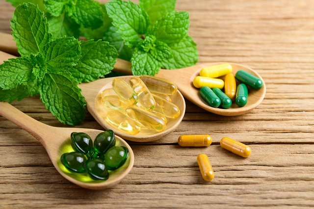 vitamin-supplements.jpg