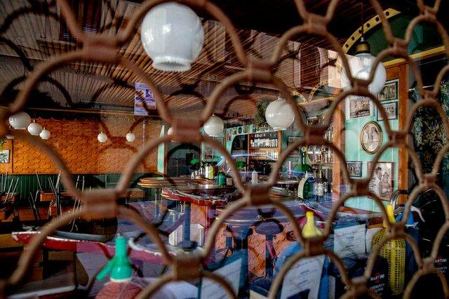 local-tancat-photo-by-Edu-Bayer-courtesy-of-the-Ajuntament-de-Barcelona-(CC-BY-NC-ND-4.0).jpg