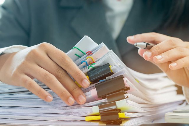 accounting-planning-budget-concept-business-woman-offices-working-arranging-documents.jpg