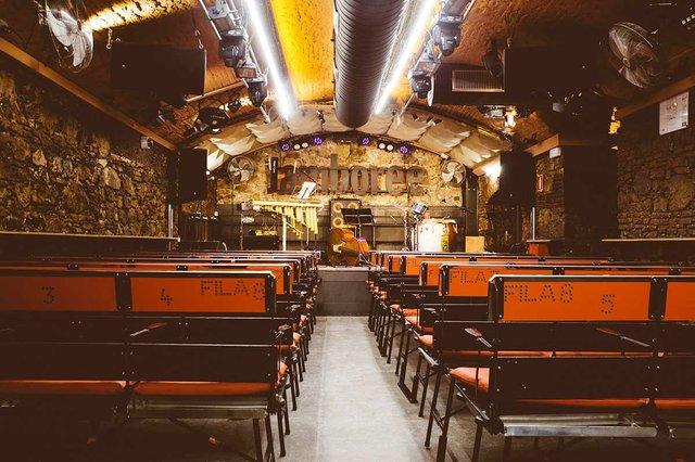 photo-of-Jamboree-music-venue-with-empty-stage-by-Marta-Vilardell.jpg