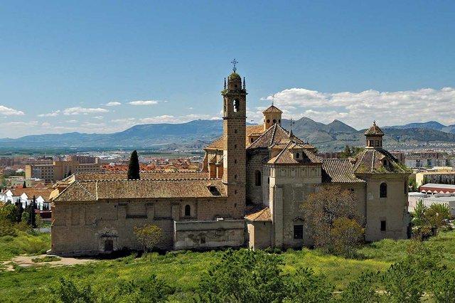Monasterio-de-la-Cartuja-Granada_Charterhouse,_view_from_the_east.-PHOTO-BY-Ввласенко,-CC-BY-SA-3.0,-via-Wikimedia-Commons.jpg