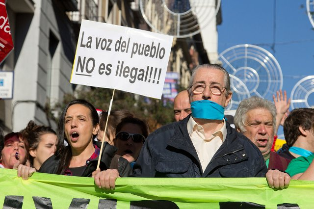 Demonstration against the Gag Law in Madrid Dec 20 2014 photo by Carlos Delgado (CC BY-SA 4.0) 03.jpg