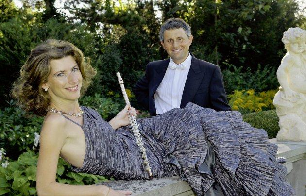 Eva Oertle, flute & Vesselin Stanev, piano.jpg