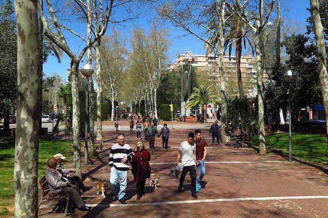 rambla-prim-tram-entre-pere-iv-i-forum-photo-by-Vicente-Zambrano-González-courtesy-of-Ajuntament-de-Barcelona-(CC-BY-NC-ND-4.0).jpg
