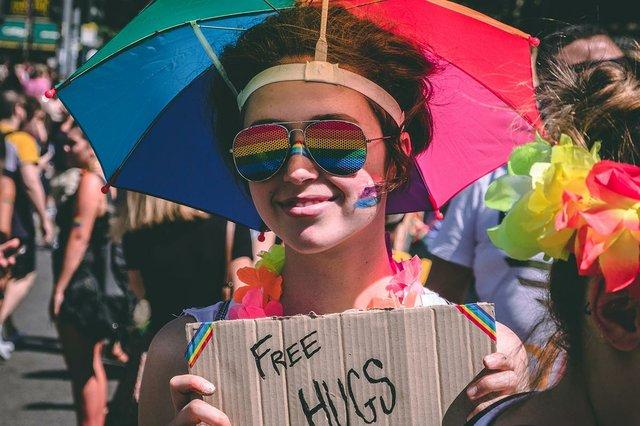 milan-italy-pride-parade-free-hugs.jpg