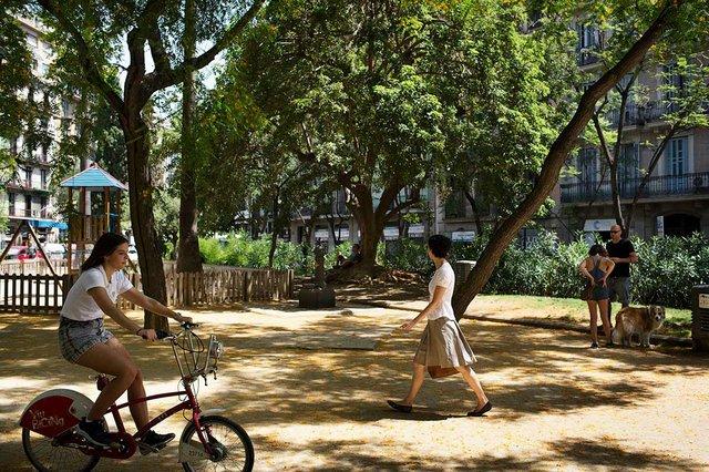 parc-de-la-placa-del-doctor-letamend-photo-by-Paola-de-Grenet-courtesy-of-Ajuntament-de-Barcelona-(CC-BY-NC-ND-4.0).jpg