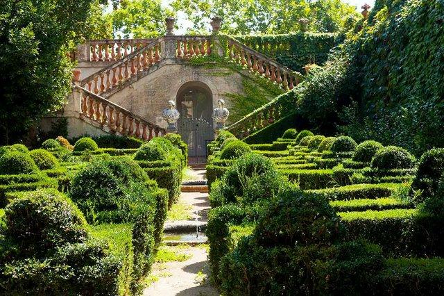 desvalls-palace-labyrinth-park-horta-b.jpg
