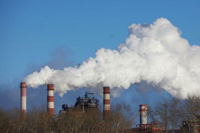 environmental-disaster-poor-environment-city-emissions-environment.jpg