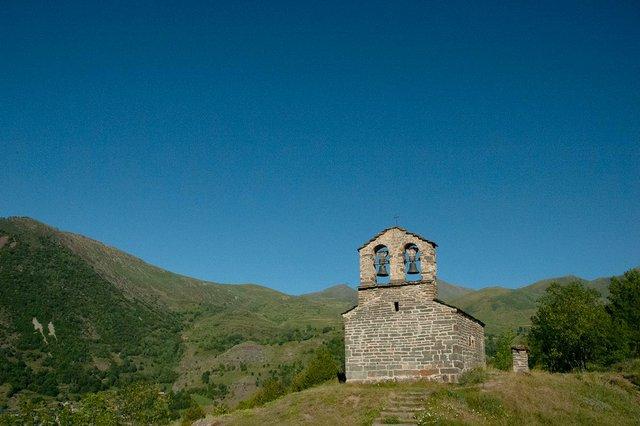 Sant-Quirc-de-Durro,-Vall-de-Boí,-©-Tara-Shain-2021-01.jpg