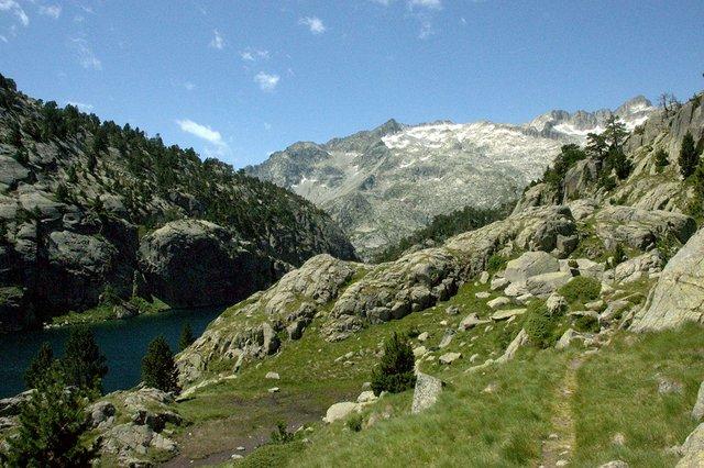 Estany Negre, Vall de Boí, hiking.jpg