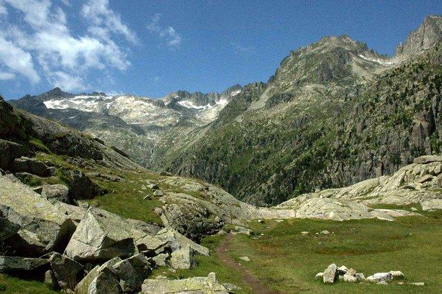 2009-07-21-hiking-la-Ruta-de-la-Marmota-25.jpg