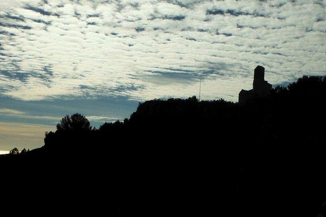 Sant-Miquel-d'Olèrdola-03.jpg