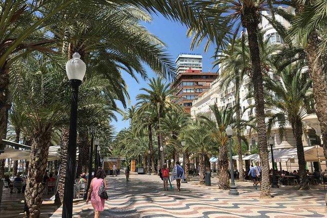street-in-Alicante.jpg