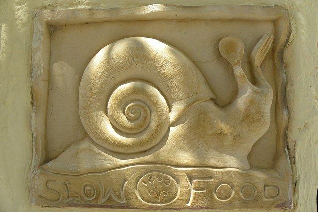 slow-food-snail-relief-in-stone.jpg