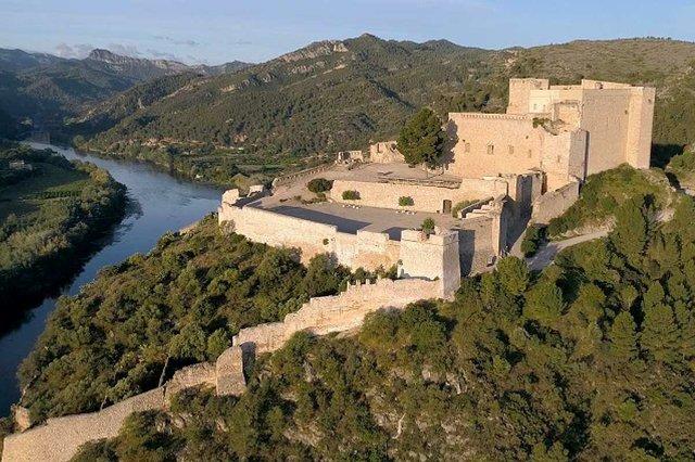 Castell-de-Miravet-photo-by-Dani-Sierra-courtesy-of-the-Generalitat-de-Catalunya-(CC-BY-NC-ND-2.0)-01.jpg