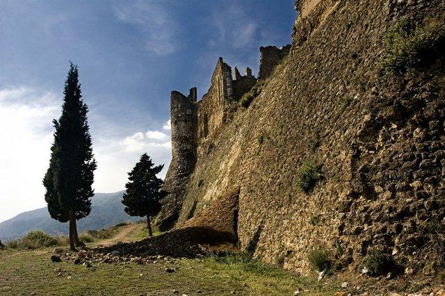 Castell-de-Montsoriu-photo-by-Norto-Méndez-courtesy-of-the-Generalitat-de-Catalunya-(CC-BY-NC-ND-2.0)-01.jpg