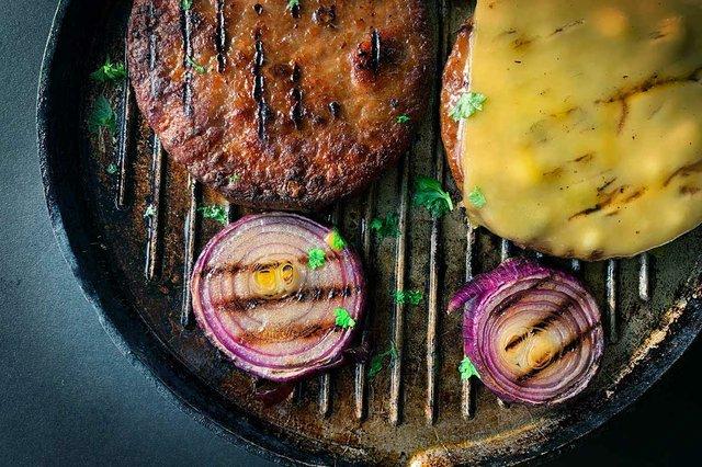 vegan-burgers-in-skillet.jpg
