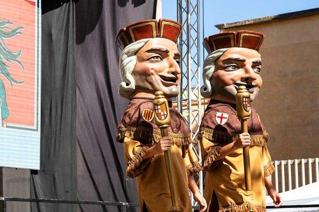 els-nans-macers-ballen-la-merce-dansa-photo-courtesy-of-Ajuntament-de-Barcelona-(CC-BY-NC-ND-4.0).jpg
