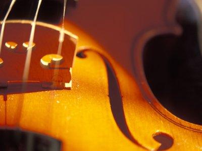 Classical music violin home