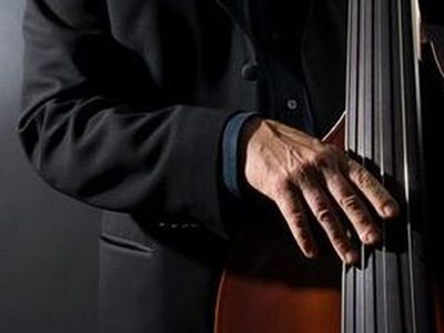 Double bass player home