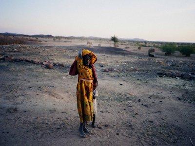 'Darfur, imatges contra la impunitat' Home