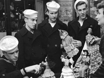 US sailors from the Sixth Fleet buying souvenirs in Barcelona