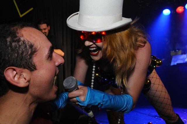 Anti-karaoke
