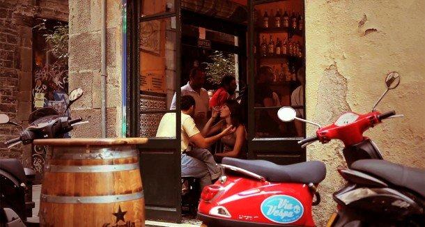 via-vespa-scooter-rental-www.barcelona-metropolitan.com-2.jpg