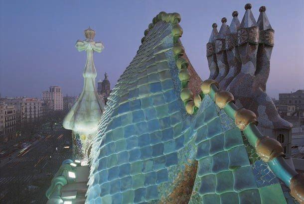 casa-batlló-gaudi-museum-www.barcelona-metropolitan.com-3.jpg