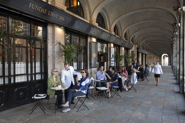 7-siete-puertas-barcelona-restaurant-catalan-traditonal-www.barcelona-metropolitan.com-1.jpg